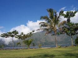 Toya Davasya - Danau dan Gunung