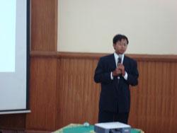Konferensi Keynote Speaker 2