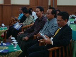Konferensi Undangan