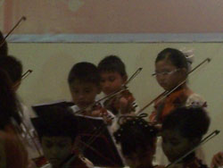 2009 Violin Concert - Kiya In Action 1