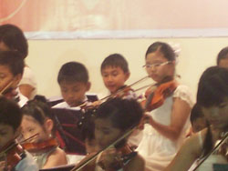 2009 Violin Concert - Kiya In Action 3