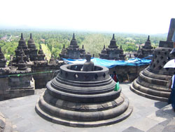 Borobudur - Candi 2