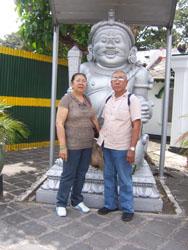 Keraton Jogja - Mama Papa Patung Gerbang